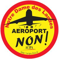 NDDL_JUILLET_2011_BADGE